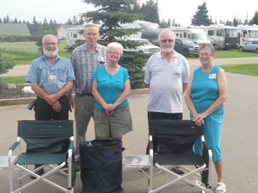 Winners of the prizes from Lacombe RV