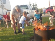 Gord & the Littlest RVer toast marshmallows